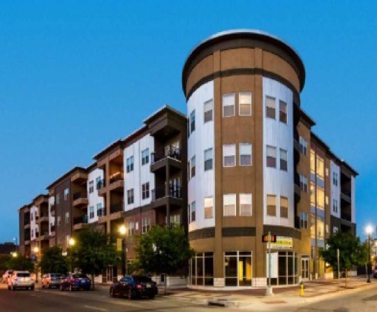 Franklin Place Apartments Complex - American Ventures